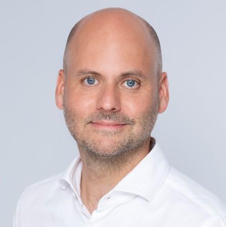 Bernhard Fink